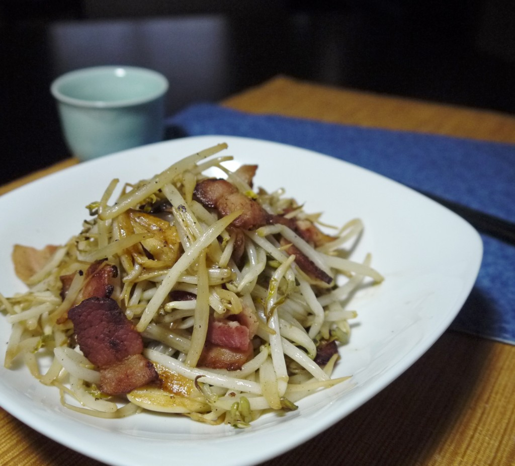 Quick and Easy Stir-fry Bean Sprouts with Bacon Bites - Easy Chinese ...